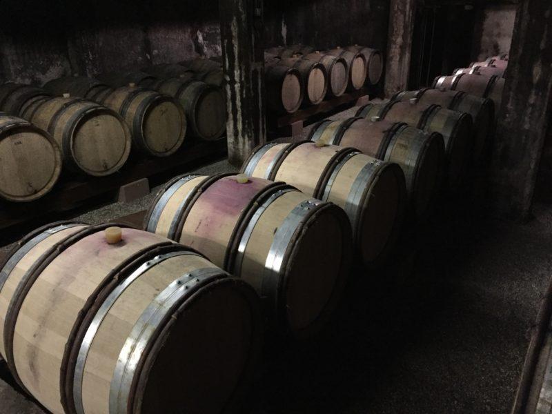 Alsace – vinturistens ferieparadis Kældrene er altid et besøg værd. Det er fascinerende at tænke sig, at her ligger de vine, vi skal smage de næste år.